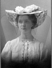 Signe Jolin 1887-1954 (4).jpg